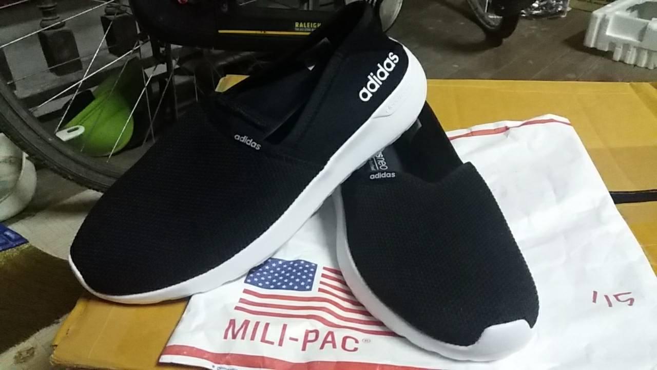 หายาก สำหรับผู้หญิง !! รองเท้า Adidas Neo Slip On รุ่น ผ้าละเอียด มี 2 สีค่ะ