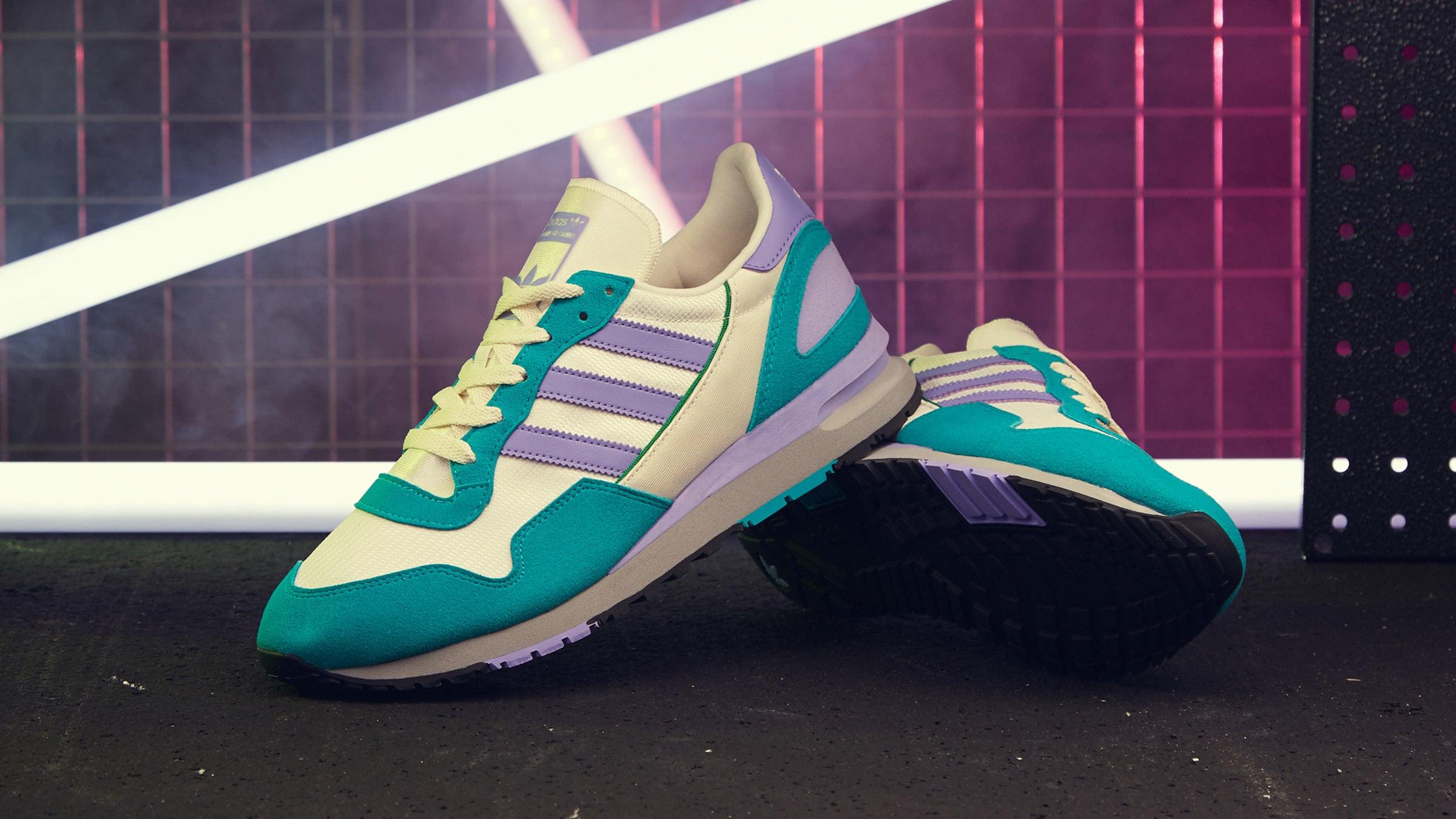 รองเท้า adidas รุ่น ล่าสุด