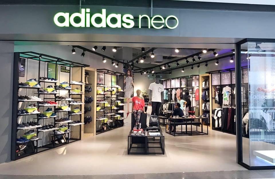 สรุปแล้ว Adidas Neo Central World ชั้นไหน กันแน่ !