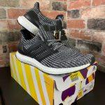 รีวิว ! Adidas Ultra Boost ลดราคา 30-40 % ถูกกว่า Shop ในประเทศไทย