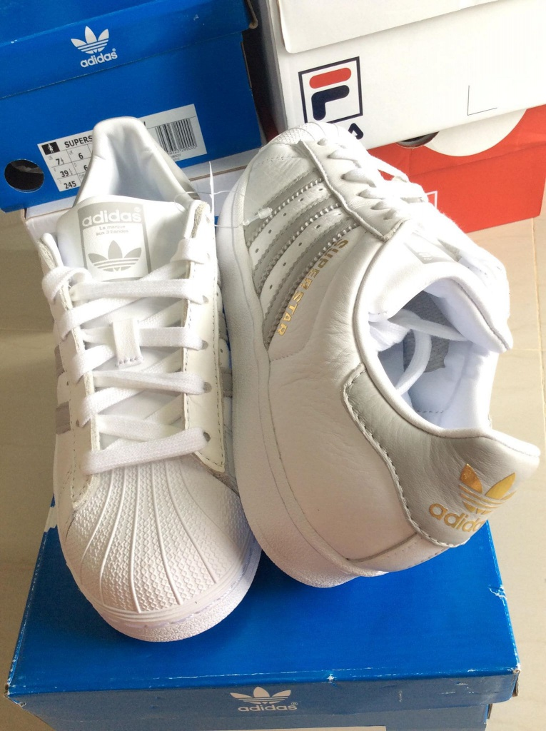 เช็ค ราคา ! Shoes adidas Superstar W White / Grey