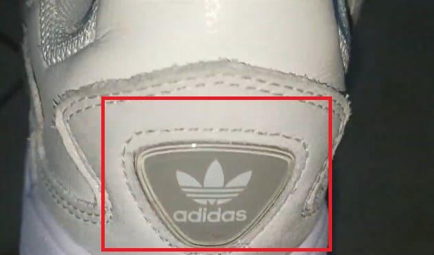 ซื้อกับร้านพี่กี้แล้ว มีวิธีเช็คของแท้ ของปลอม Adidas รองเท้า Falcon เบื้องต้นมั้ย ?