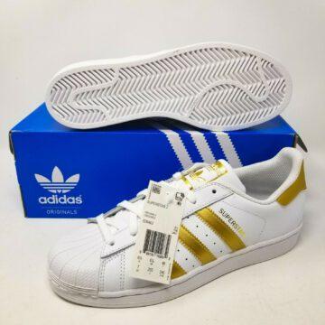 Adidas รองเท้าผ้าใบ Superstar Gold / White รุ่น Limited ร้านพี่กี้ยังมีอีกมั้ย